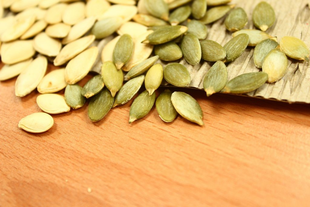 pumpkin-seeds-1323854_1920