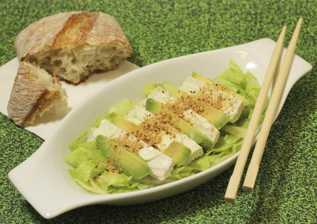 salata de avocado