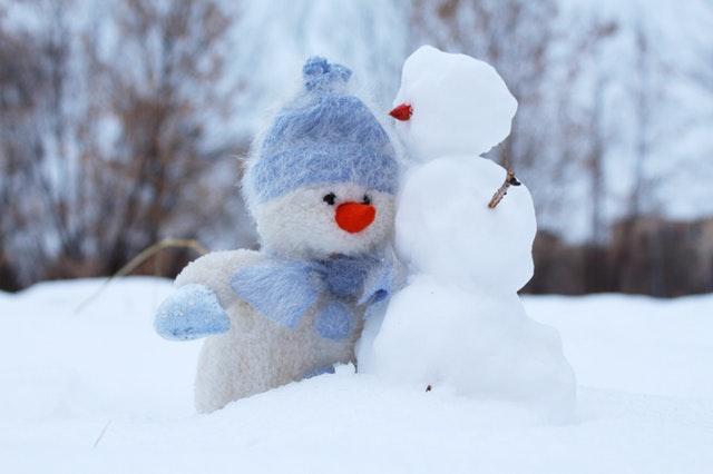 Mami, hai afară la zăpadă!