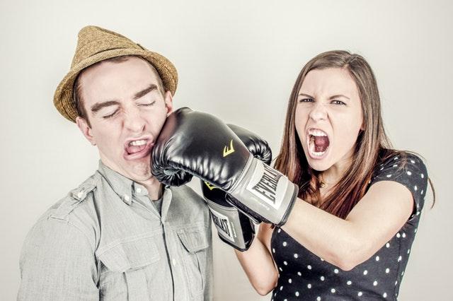 Nu vă certați de față cu copiii!