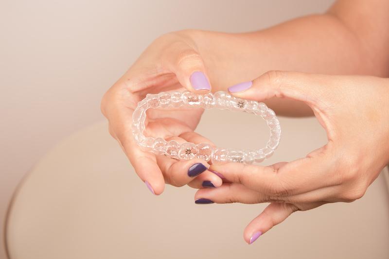 Top 10 lucruri de știut despre aparatele dentare