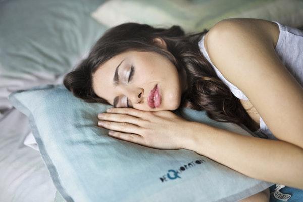 Doar o noapte de somn slab poate crește creșterea în greutate, pierderea musculară - Spaţiu -